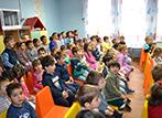 Работливите коледни джуджета на гости в ЦДГ 2 Филиал Кременица