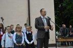 12.JPG - <p>Г-н Андрей Ковачев - представител на България в Европейския парламент приветства гостите на празника</p>